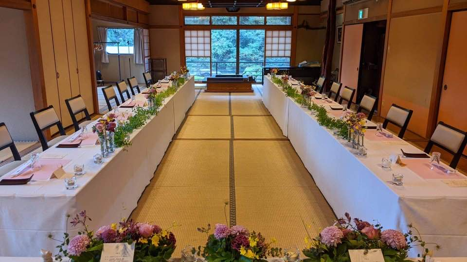 岐阜のお寺での村の人との結婚式